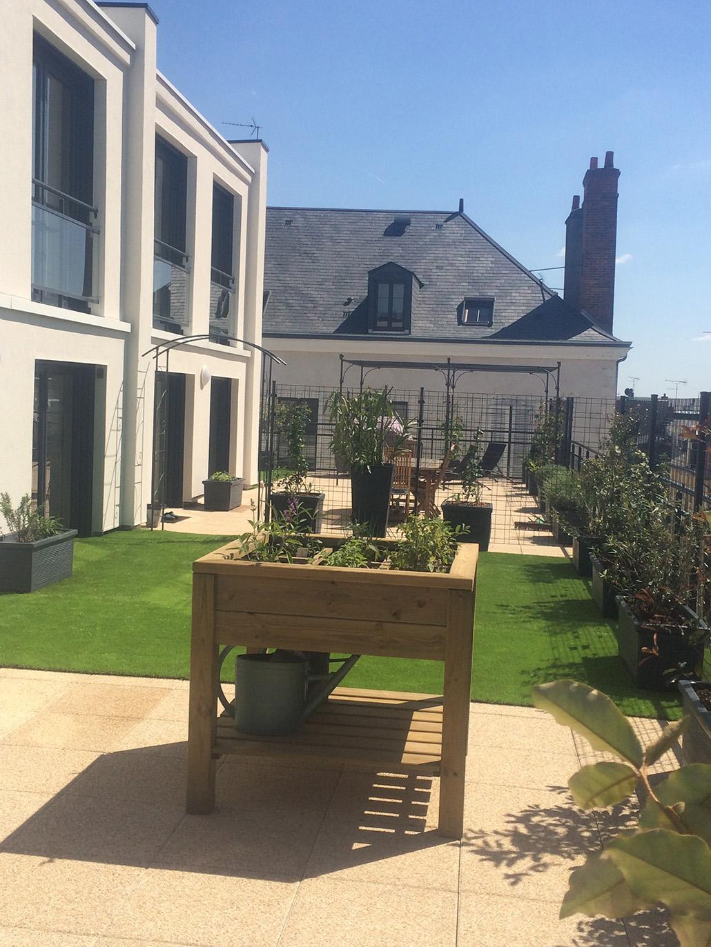 Mobilier j richard paysage for Entretien jardin orleans